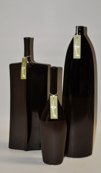 Tall chocolate specimen vase - Click to enlarge picture.