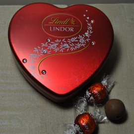 Lindt Chocolate Box 100g