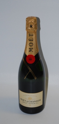 Moet - Click to enlarge picture.